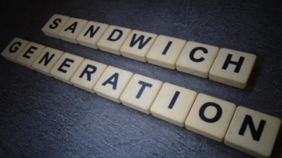 5 Tips Kelola Keuangan dengan Bijak untuk Generasi Sandwich