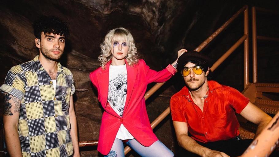 Arti Lirik Lagu The Only Exception - Paramore, Rose Blackpink Cover