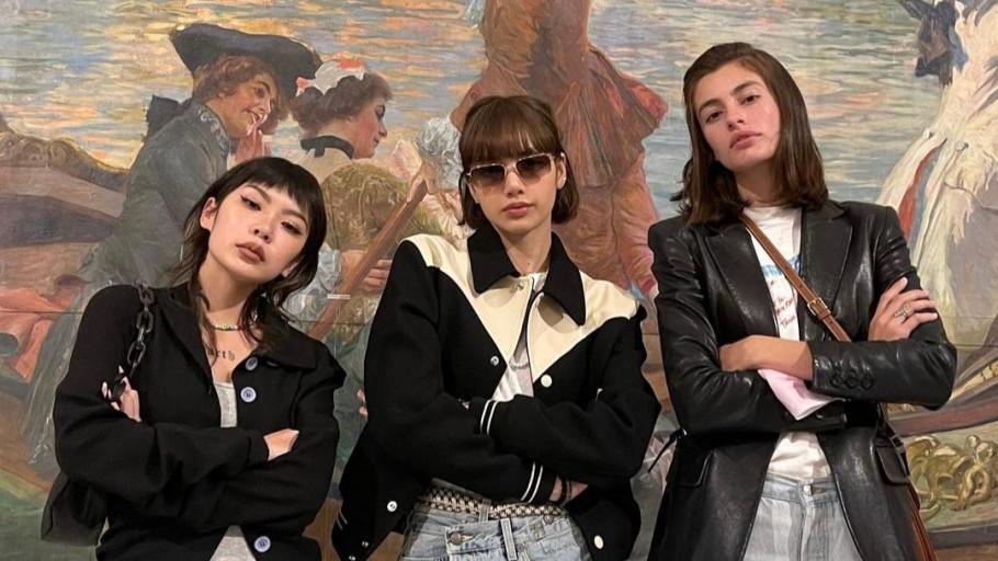 Diana Silvers, Lisa Blackpink dan Cheshir Ha